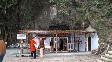 We went to meditate in the cave where the great yogi Vashista is said to have lived.
